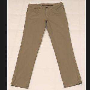 Lululemon ABC Pant Classic Size 34W 32L